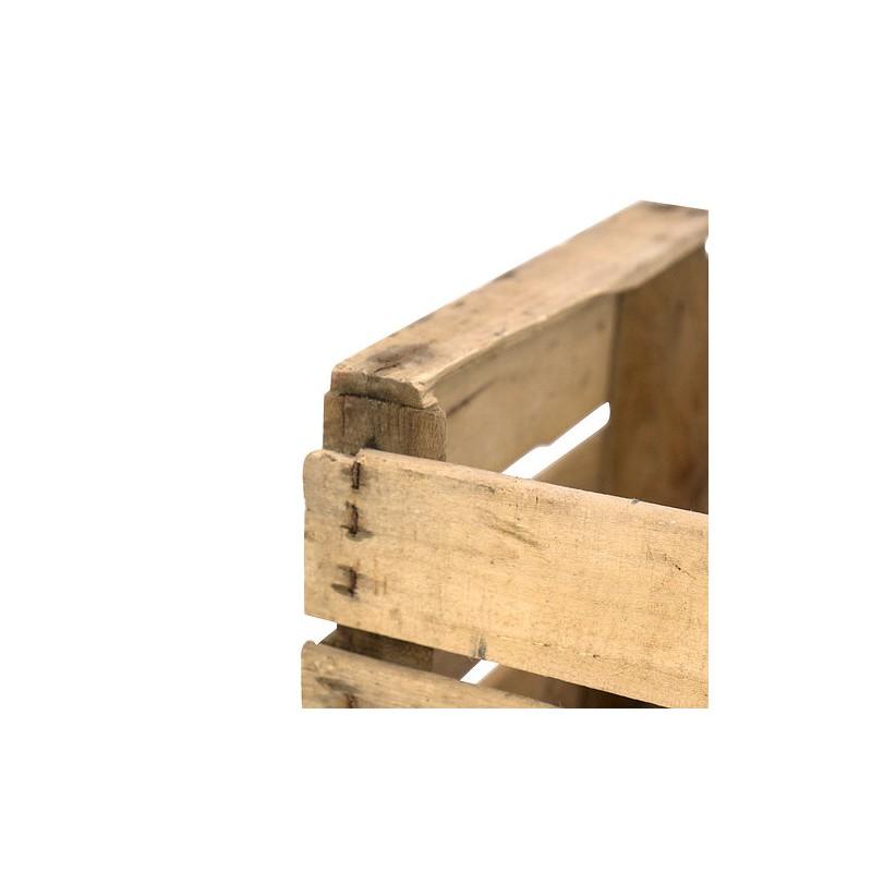 Caja de madera antigua for Aberturas antiguas de madera